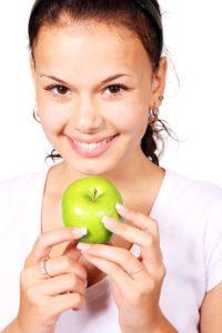 manger sainement pour prévenir les hémorroïdes